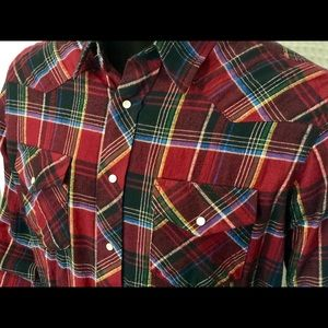 Wrangler Plaid Flannel Pearl Snap Western Shirt